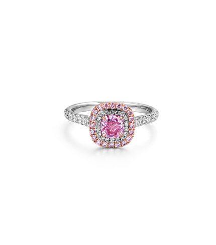 Cushion-Very-Light-Pink2-1